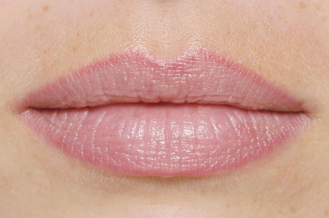 lippen-lippenkontur-permanent-make-up_1100x1920